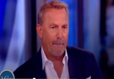 """Actor Kevin Costner Condemns Trump's Border Policy: """"Right Now We Are Acting Really Small"""" (VIDEO)"""