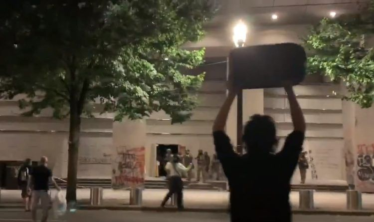 Video: Antifa Rioter Tries To Throws A Gas Canister At The Feds – He Gets Hit By A Less-Lethal Round In The Face As The Mob Drawback
